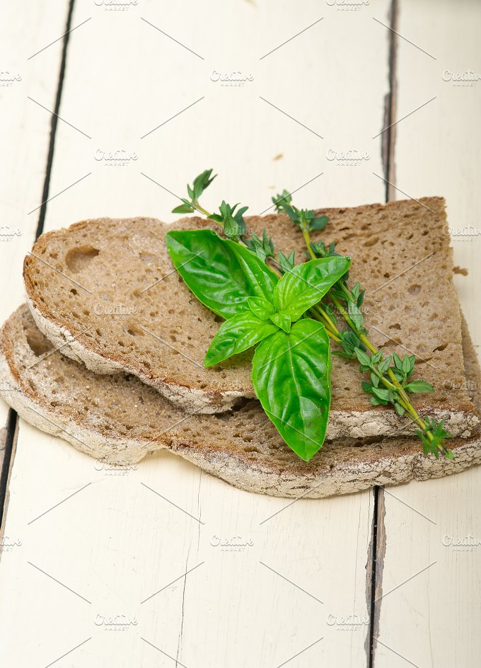 bread basil and thyme 002.jpg - Food & Drink