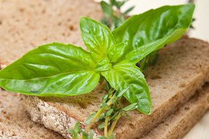 bread basil and thyme 013.jpg
