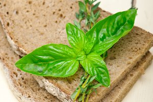 bread basil and thyme 014.jpg