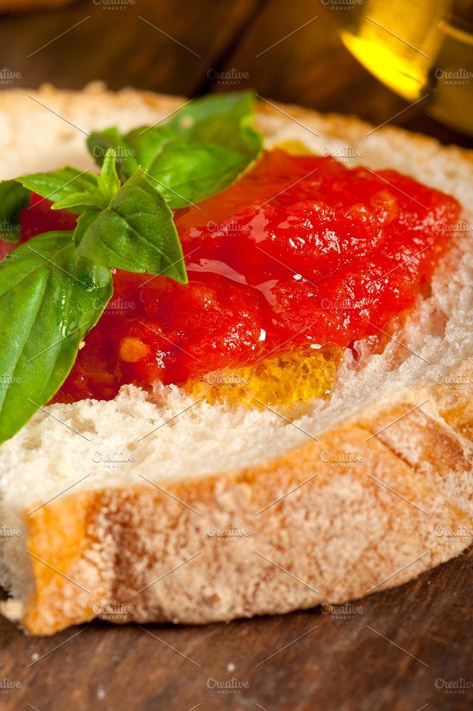 bruschetta 006.jpg - Food & Drink