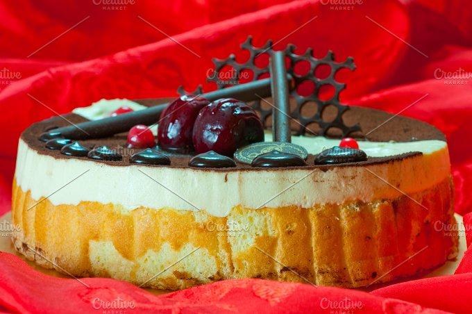 cake 003.jpg - Food & Drink