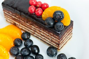 chocolate and fruits cake 008.jpg