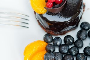 chocolate and fruits cake 024.jpg