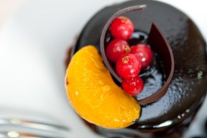 chocolate and fruits cake 028.jpg