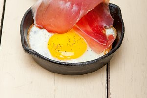 eggs 002.jpg