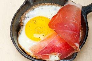 eggs 006.jpg