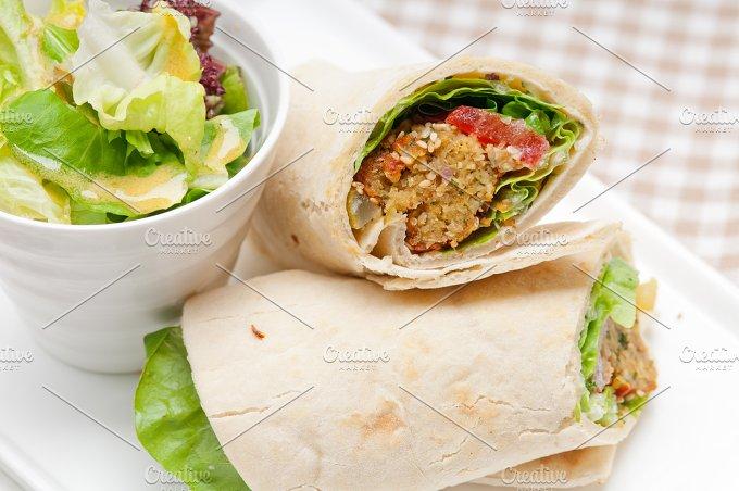 falafel pita wrap sandwich 02.jpg - Food & Drink