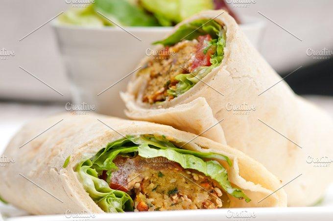 falafel pita wrap sandwich 09.jpg - Food & Drink