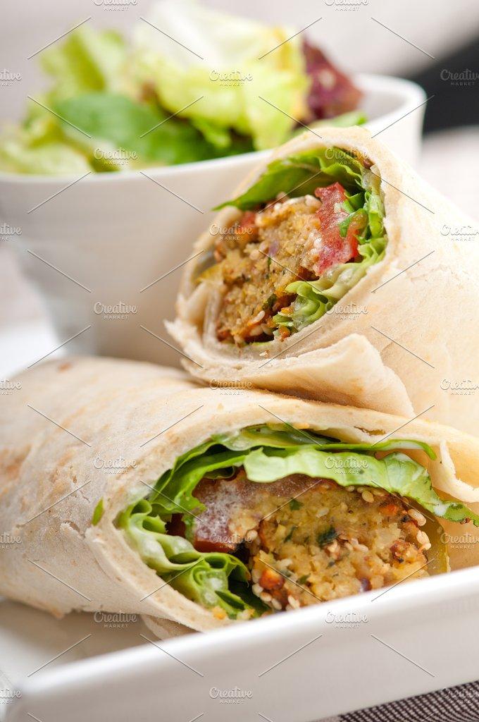 falafel pita wrap sandwich 10.jpg - Food & Drink
