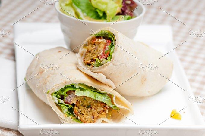falafel pita wrap sandwich 13.jpg - Food & Drink