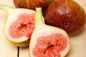 figs 002.jpg