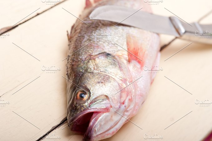 fish 010.jpg - Food & Drink