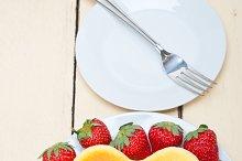 heart shape cheesecake and strawberries 002.jpg