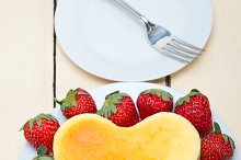 heart shape cheesecake and strawberries 001.jpg