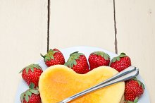 heart shape cheesecake and strawberries 012.jpg