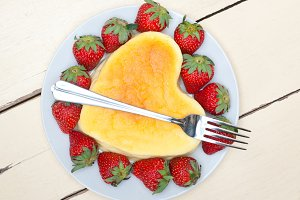 heart shape cheesecake and strawberries 017.jpg