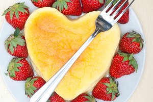 heart shape cheesecake and strawberries 015.jpg