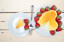 heart shape cheesecake and strawberries 024.jpg