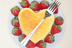 heart shape cheesecake and strawberries 016.jpg
