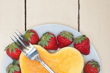heart shape cheesecake and strawberries 014.jpg