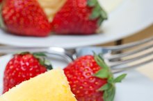 heart shape cheesecake and strawberries 026.jpg
