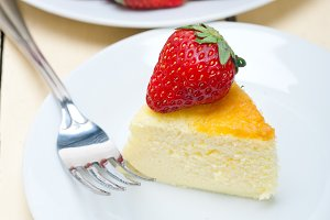heart shape cheesecake and strawberries 039.jpg