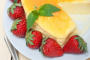 heart shape cheesecake and strawberries 047.jpg