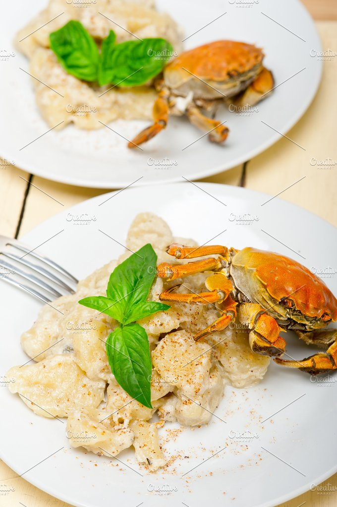 Italian crab and basil gnocchi 011.jpg - Food & Drink