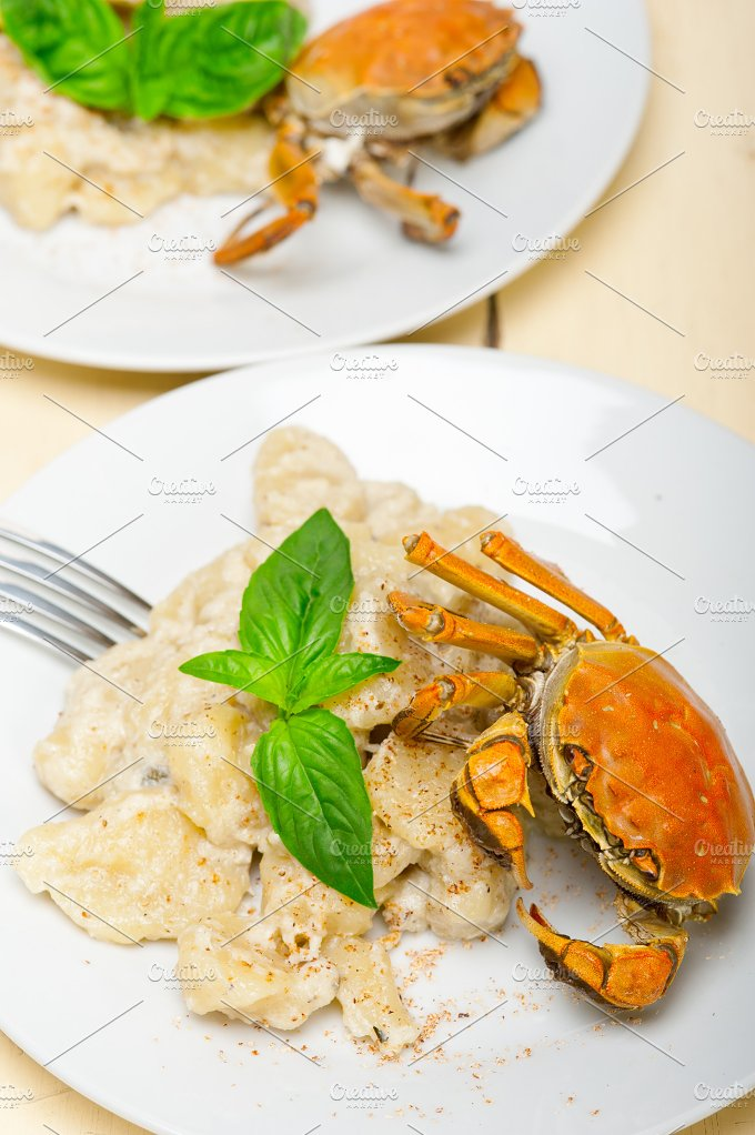 Italian crab and basil gnocchi 012.jpg - Food & Drink