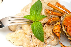 Italian crab and basil gnocchi 023.jpg