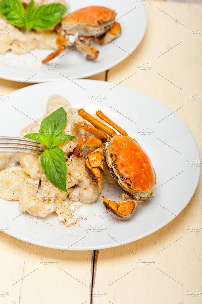 Italian crab and basil gnocchi 026.jpg - Food & Drink