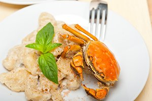 Italian crab and basil gnocchi 029.jpg