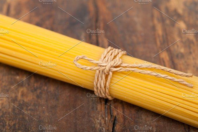Italian spaghetti pasta 028.jpg - Food & Drink