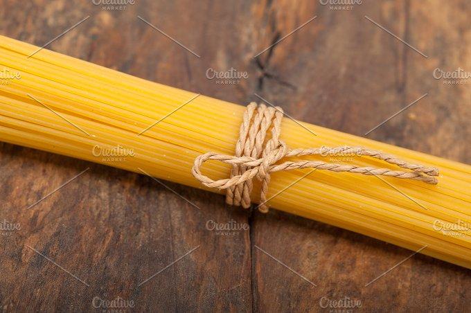 Italian spaghetti pasta 031.jpg - Food & Drink