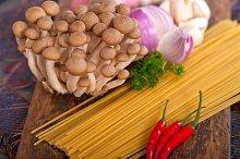 Italian pasta and mushrooms sauce ingredients 002.jpg