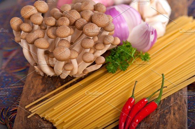 Italian pasta and mushrooms sauce ingredients 002.jpg - Food & Drink