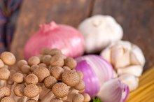 Italian pasta and mushrooms sauce ingredients 001.jpg