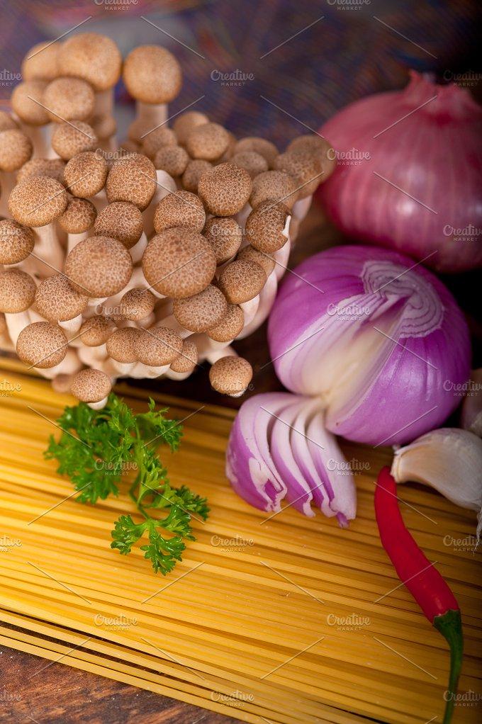Italian pasta and mushrooms sauce ingredients 020.jpg - Food & Drink