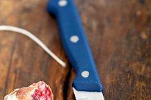 Italian salame pressato slicing 002.jpg