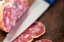 Italian salame pressato slicing 012.jpg
