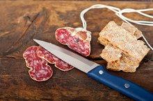 Italian salame pressato slicing 018.jpg