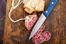 Italian salame pressato slicing 019.jpg