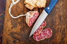 Italian salame pressato slicing 020.jpg
