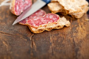 Italian salame pressato slicing 024.jpg