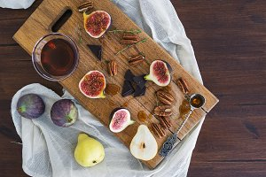 Figs, pears and pekan nuts and honey