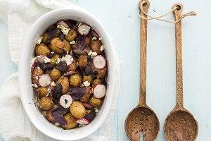 Roast young potato salad with radish