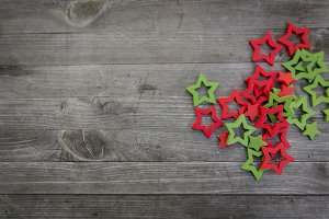 red green wooden christmas stars