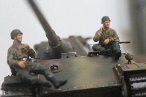 Miniature Army & Tank