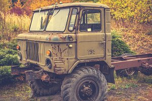 Rusty old truck 6