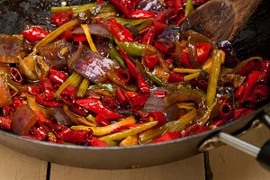 fried chili pepper and vegetables 002.jpg